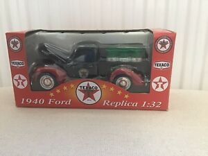 Texaco Old Timers  Boxed Oil Pick Up Truck