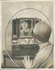 1928 1920s Woman With Makeup Case & Fold Out Vanity Press Photo