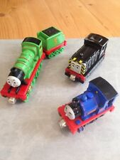 Take N' Play Take Along Thomas & Friends Bundle Diecast Trains Magnetic Joining