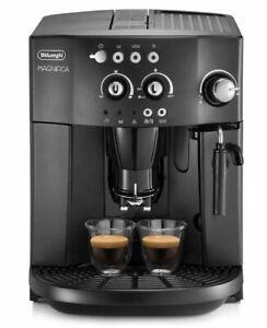 DE'LONGHI Kaffeevollautomat MAGNIFICA ESAM4008.B Milchaufschäumer Kegelmahlwerk