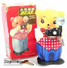 BEAR WITH FLASH CAMERA 1960s Clockwork Litho Tin Toy Boxed MS575 China Wind-Up