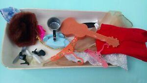 Vintage Barbie - TLC accessories
