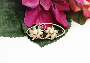 Beautiful! Vintage Goldtone & Pearls Two Flowers Brooch!
