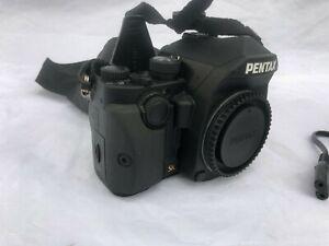Pentax KP Digital SLR Camera - 770 Actuations - 3 x Batteries - Mint Condition