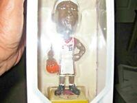 Lebron 2003 Upper Deck Premium Play Makers Collectible Rookie Bobble Head NIB