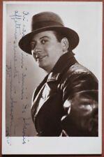 BESOZZI NINO. Celebre attore. Firma e dedica del 1936 al recto di sua foto.