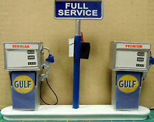 GULF Station Gas Pump Island (Ready to Display) 1:18-1:24 Scale NWB