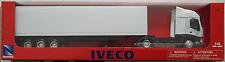 NEWRAY-Iveco Stralis container-TRUCK/CAMION/autoarticolati BIANCO 1:43 Nuovo/Scatola Originale