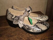 ALEGRIA BY PG LITE ELL-729 GOLD SPAN SNAKE MARY JANE COMFORT SHOE SZ 40