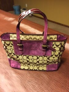 COACH Purple purse Pink Lining 5 Pocket New authentic