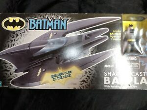 Batplane Shadowcast + Batman  Hasbro 2001 unopened in Box