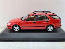 Minichamps Saab 9-5 Break 1999. Imola Red. 1:43