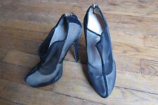 chaussures /escarpins FENDI noir p38,5