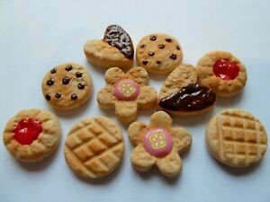 DOLLS HOUSE MINIATURE FOOD 1:12 10 X MIXED BISCUITS + COOKIES COMBINED P+P