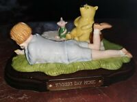 ROYAL DOULTON WINNIE THE POOH SUMMERS DAY PICNIC Limited Edition