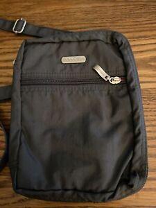 Preowned Gray Nylon Crossbody/shoulder Bag By Baggallini