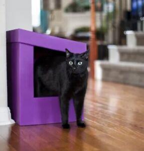 Kitangle Slope Roof Purple Litter Box
