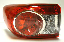 Toyota Corolla 2010-2013 Limousine Heck Hinten Links Bremslicht -Lichter Lampe