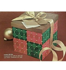 Avon foldable gift box. Includes foldable box and lid, ribbon and tag. NEW