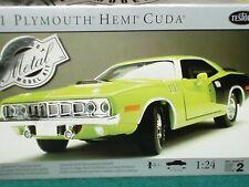 TESTORS 1971 PLYMOUTH BARRACUDA CUDA GREEN MODEL KIT 1/24 SKILL 2
