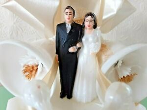 VTG Wedding Cake Topper  Bride Groom Swans Bells Flowers