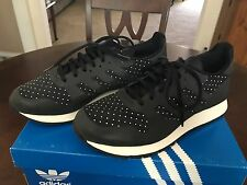ADIDAS MEN'S CNTR WELD 84-LAB BLACK SIZE 8 WORN ONCE STILL LOOKS NEW