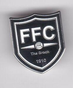 Fraserburgh FC ( Scottish Highland League )  - lapel badge brooch fitting