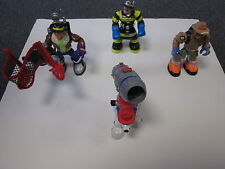 (3) Different Rescue Heroes - (1) Animal Figure