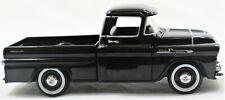 1958 CHEVY APACHE FLEETSIDE PICKUP 1:24 SCALE | MODEL CAR