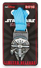 2016 Run Disney Star Wars Dark Side Marathon Kessel Millennium Falcon Medal Pin