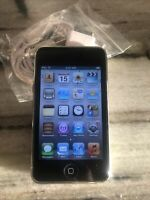 Apple iPod touch 3rd Generation Black (32 GB) Flawless