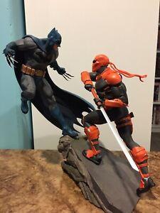 DC Collectibles Batman Vs Deathstroke Battle Statue