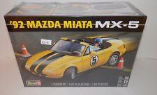 Revell 1:25 '92 Mazda Miata MX-5 #85-4432