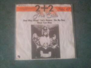 7 inch Single 2 + 2  von  THE CATS (1971/72) °13a