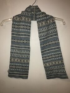 Old Navy Scarf Womens Blue Gray Snowflakes Knit Fair Isle Acrylic *Flaws