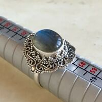 STUNNING BLUE FIRE LABRADORITE & 925 STERLING SILVER RING UK SIZE O.5 / P