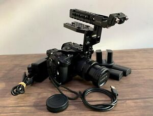 Panasonic GH5 20MP Camera + Lumix 12-35mm f2.8 II, Smallrig Cage & 5 Batteries