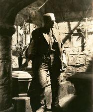 Bride of Frankenstein UNSIGNED photo - L5446 - Boris Karloff - NEW IMAGE!!!