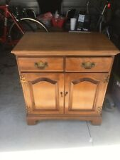 ETHAN ALLEN MAPLE GOVERNORS CABINET SIDE TABLE, NIGHTSTAND, END TABLE 10-9003