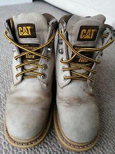 Womens caterpillar boots size 5