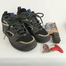 HEELYS Streak 7171 Gray Blue Black White Skate Shoes Mens Sz 5 M  w/ accessories