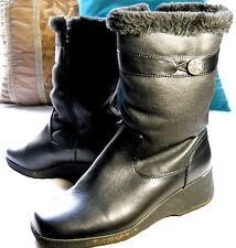 Khombu Women's Size 10M Black Winter Boots Faux Fur Lined Side Zipper