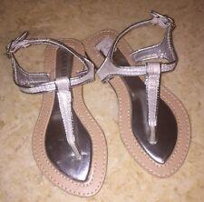 6e26501ed7bac9 NEW • Laura Ashley • Girls SIZE 13 • Silver Glitter Thong Sandals • VERY  CUTE