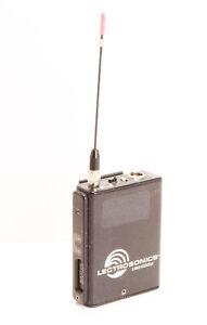 Lectrosonics UM400a wireless transmitter - Block 27 (691.2-716.7mhz)