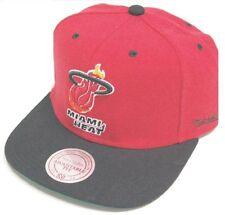 Chapeaux rouge Mitchell & Ness pour homme