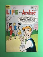 LIFE WITH ARCHIE #25 Riverdale HS Charity Show Archie Silver Age JAN 1964 Sharp