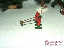 ANTIQUE MAN LEAD FIGURE SKIING MINIATURE COLLECTIBLE TOY