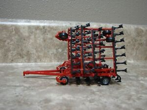 Ertl 1/64 Case IH Red Field Cultivator Tillage Farm Toy