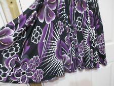 Ladies Miller's Floral Stretchy Flared Skirt Size Small black mauve & white