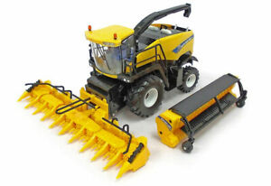 Ertl 13875 - New Holland FR850 Self-Propelled Forage Harvester with 2 Heads 1:32